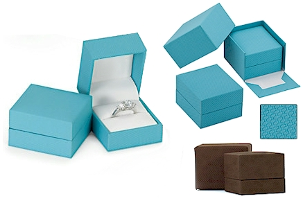 """WOODEN  RING BOX FOR 2 RINGS 2 1//4/"""" X 2 1//4/"""" X 2 NEW WITH OUTER BOX"""